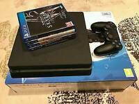Ps4 slim with 4 games