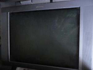 "Toshiba Flat Screen 27"" Tv - working great - flat picture tube"