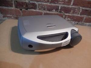 Vidéoprojecteur INFOCUS / Model ScreenPlay 5700 (i015352)