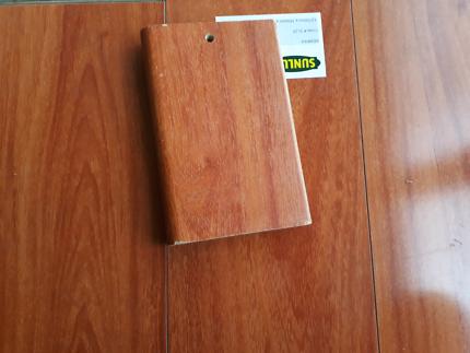 Laminate floor- labour just from 14$ per sqm.