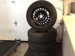 Pneus d'hiver avec roues 16 pouces Goodyear ultragrip