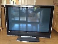 """Hitachi 42"""" inch hd Plasma Tv, fully working with remote"""