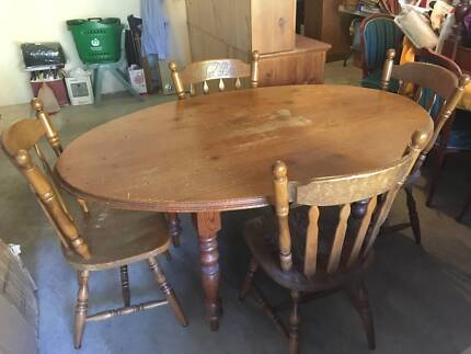 Baltic Pine Table & 6 chairs