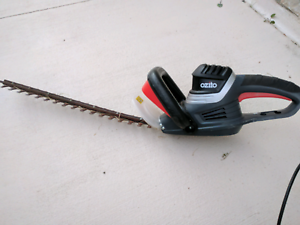 The Ozito HTE-550 Hedge Trimmer Mango Hill Pine Rivers Area Preview