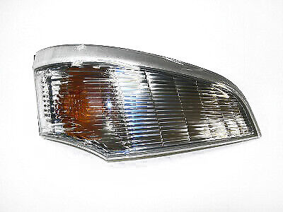 Front Indicator Lamp RH For Mitsubishi Canter Fuso FE84B 6.5T / FE85B 7.5T (08+)