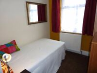 Muller Rd, Eastville - 10 mins by bus to Bristol centre, near IKEA and M32