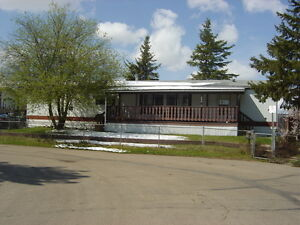 Spacious mobile home with updated kitchen in Evergreen