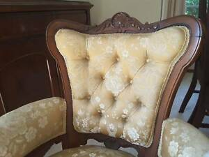 Victorian Chaise Lounge and 2 matching chairs
