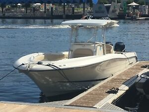 Hydra-Sport Vector 3300  Centre Console Ardross Melville Area Preview
