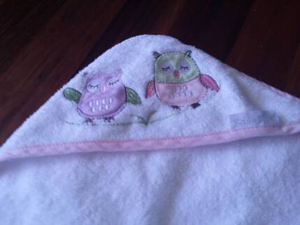Bubba Blue - Baby Owl - Hooded Towel Pink