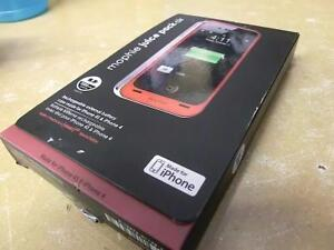 Chargeur-protecteur pour iphone génération 4 ou 4s de marque Mophie (i012390)