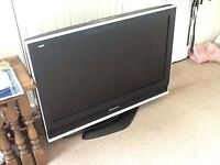 "Panasonic Viera 32"" TV Model: TX-32LXD70 (Highgate)"