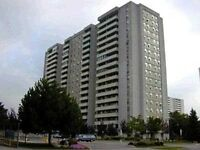 Spacious Upgraded two Bed condo In Richmond Hill $210000