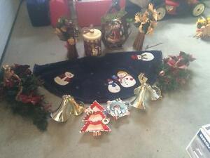 Christmas items. Snowman theme