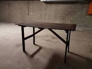 Sturdy garden table Taringa Brisbane South West Preview