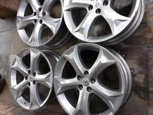 TOYOTA VENZA 20 INCH FACTORY OEM ALLOY WHEELS WITH SENSORS IN EXCELLENT CONDITION.
