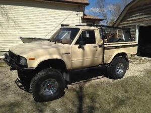 1982 Toyota truck, 22r