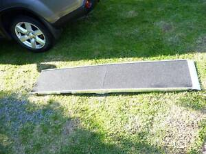 Folding Dog Ramp Huntfield Heights Morphett Vale Area Preview