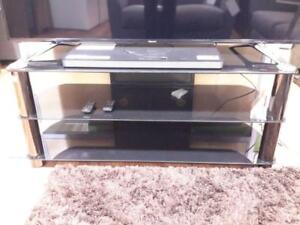 *** NEW *** CORLIVING METAL TV STAND   S/N:51279768   #STORE573