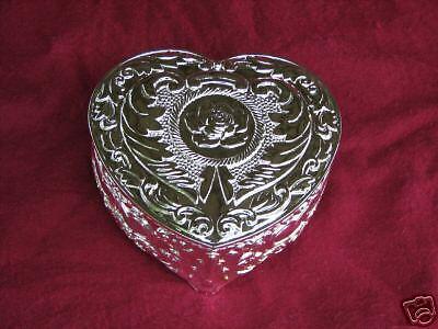 - Heart Shaped  Silver Jewelry Treasure Trinket Box