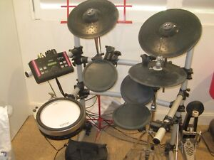 Drum Kit. Electronic, Yamaha DTX500. Manly Manly Area Preview