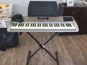 Roland EM-25 Electric Piano Glossodia Hawkesbury Area Preview