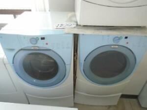 WHIRLPOOL WASHER AND DRYER SET / ENSEMBLE LAVEUSE ET SECHEUSE WHIRLPOOL