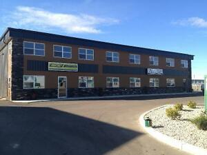 76x30(2280sq/ft) Commerical bay in Sylvan Lake Industrial park