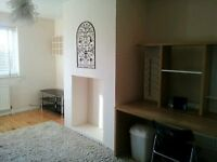 ONE DOUBLE BEDROOM FLAT, WITH BALCONY. ST ALBANS, AL1