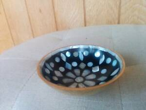 New with Tag Mother of Pearl Style Shell Gold Dish Bowl Lovisa Strathmore Moonee Valley Preview