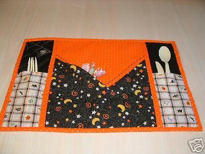 Halloween Quilt Patterns (Hidden Pocket Halloween Placemat Quilt/Sew)