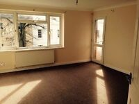 2 BEDROOM SPACIOUS FLAT WITH BALCONY, GARAGE, OFF RD PARKING, KITCHEN, LOUNGE, BATHROOM, WC & HALL