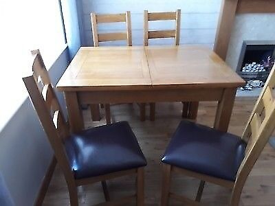 Canterbury Oak Table And Chairs Leeds