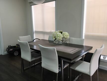 Dining Table 6 seater- Nick Scali
