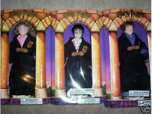 """3 HARRY POTTER GUND DOLLS, AND A HUGE 15"""" INCH HAGRID DOLL. NEW"""