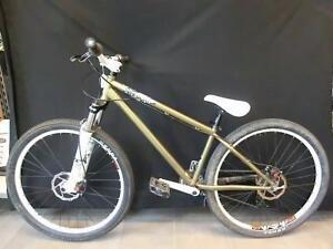 Vélo de free ride Haro Steel Reserve 8 2010 (110011843)