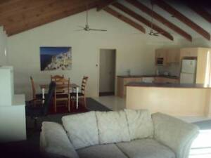 GRANNY FLAT TO RENT..MUNRUBEN. 2 BED 1 BATH. FULLY FURNISHED.COSY Munruben Logan Area Preview