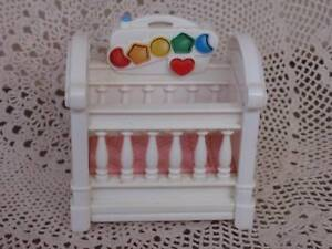 FISHER PRICE LOVING FAMILIES MUSICAL COT WORKING NO BATTERIES Loganholme Logan Area Preview