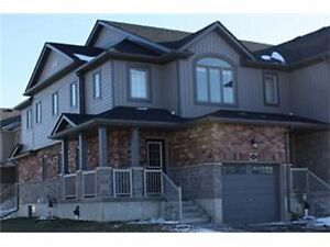 Luxurious 3 Bedroom Townhome close to Hwy 401 & Conestoga Colleg
