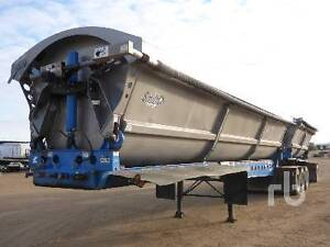 2013 Smithco SHVTL3-50-34 Super B Train Side Dump Trailer