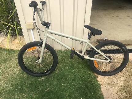 Giant Method 01 BMX