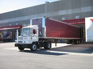 Shunt Truck / Terminal Tractor Rentals London Ontario image 3