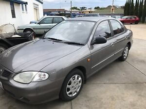 2000 Hyundai Lantra Sedan Grange Charles Sturt Area Preview
