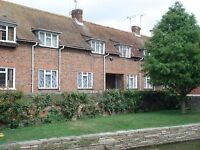 CANTERBURY 2 bed 2 rec house, o/l Westgate gardens. Close Univ and HS train. Parking. Available now