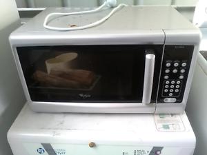 Microwave Whirlpool Tested And Guaranteed