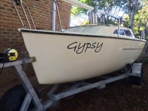 """CASTLE 550 Number 15 """"Gypsy"""" Byron Bay Byron Area Preview"""