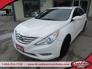 2013 Hyundai Sonata LOADED LIMITED MODEL 5 PASSENGER 2.4L - DOHC