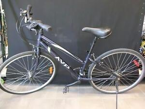 Vélo femme hybride AVP HC2000 Grandeur Petit (i008147)
