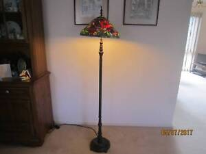 Tiffany Style Floor Lamp Floral Design Sandringham Bayside Area Preview