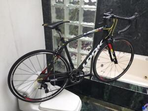 BRAND NEW (SIZE 54cm & 56cm) LOOK 765 CARBON 105 ROAD BIKE